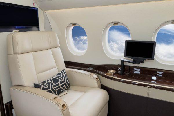 Astuces pour voyager surclassé en avion.