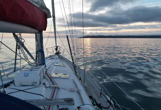 Vous souhaitez faire le tour du monde complet en bateau ?